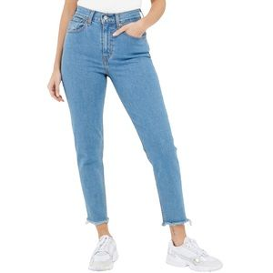 Levi's Mom Jeans in Pacific Sky